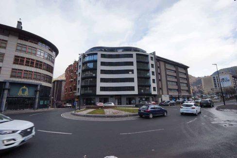 tico-nuevo centro de Andorra .venta-Versusandorra (9)