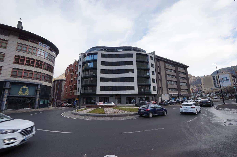 Ático de lujo en un edificio de nueva construcción centro de Andorra