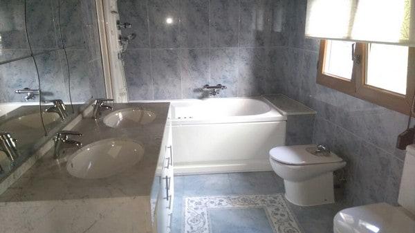 Borda Encamp-baño-Venta-Versus andorra (7)