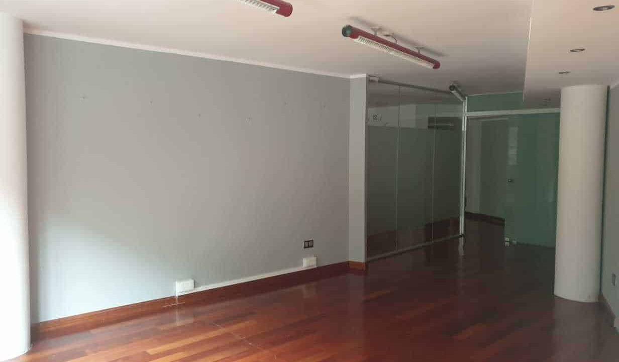 Despacho-Venta-sala-Versusadorra (1)