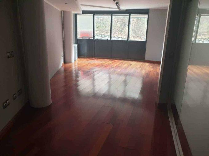 Despacho-Venta-sala-Versusadorra (2)
