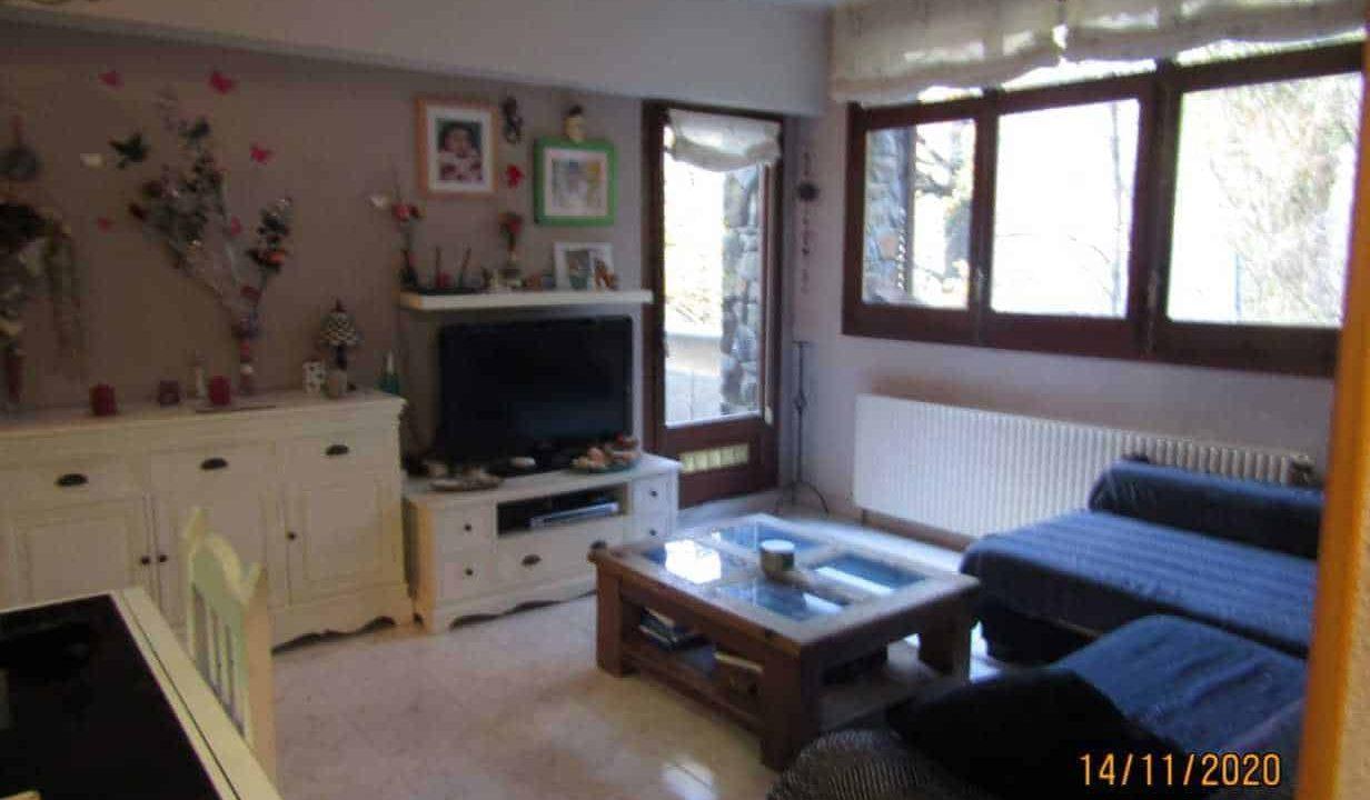 Comprar piso duplex de 2 habitaciones en una zona muy tranquila de la carretera de  engolasters.  andorra inversiones inmobiliarias