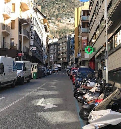 Comprar local comercial zona muy céntrica de escaldes . Inversiones inmobiliarias Versus Andorra