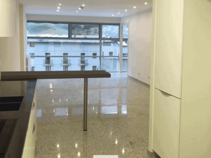 Comprar piso en pleno centro neurálgico de Andorra . Muy cerca de todos los servicios, Inversiones inmobiliarias Versus Andorra