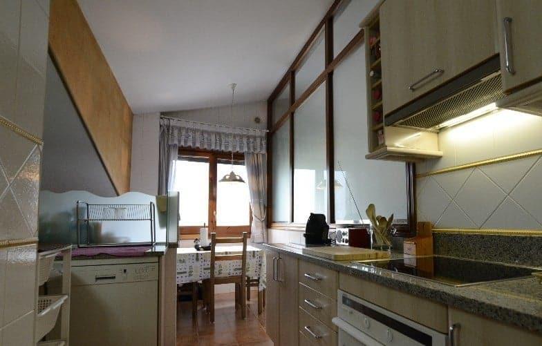 Oportunidad Precioso Atico  de 2 habitaciones en Aixirivall