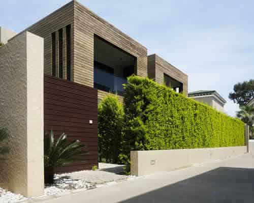 Compra venta de chalets en Andorra. Inversiones inmobiliarias Versus, la inmobiliaria con atención personalizada y de confianza para su inversión.