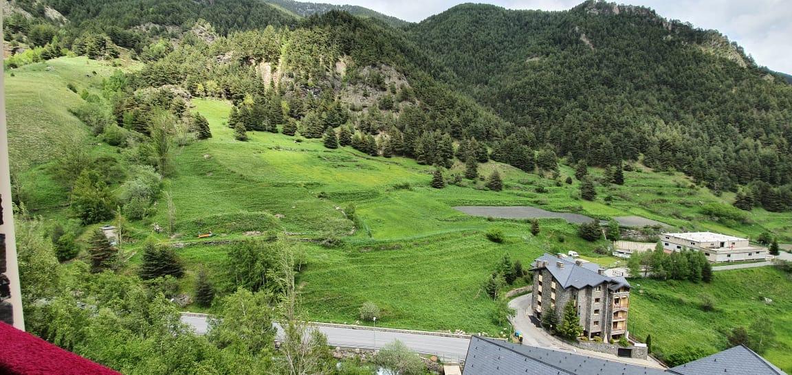 Piso 2 hb Arinsal venta Versus Andorra