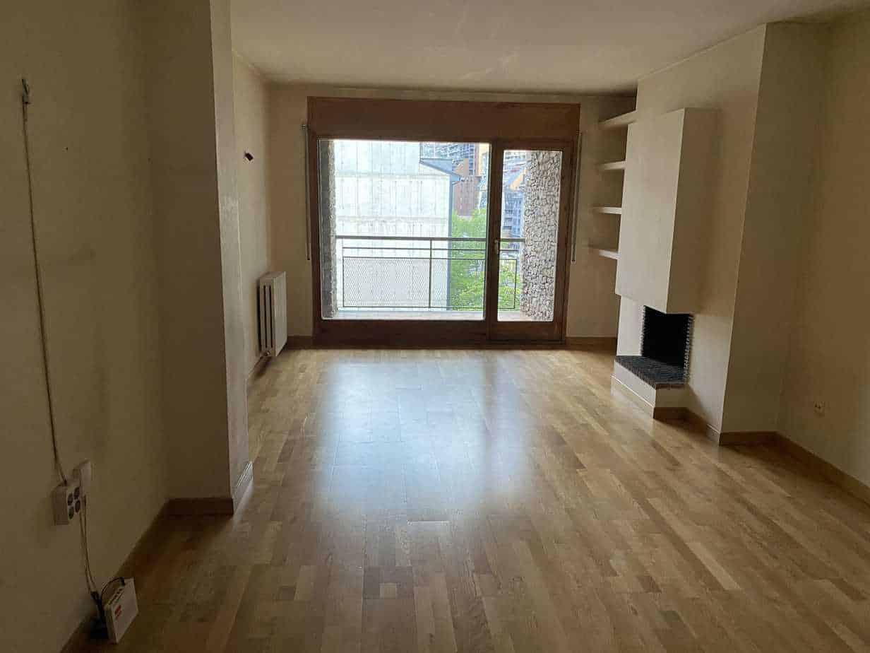 Piso 4 habitaciones centro Andorra